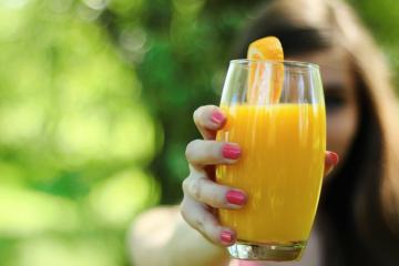 orangensaft gesund glas trinken saft orange