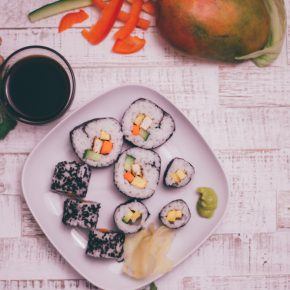 veganes Sushi zubereiten