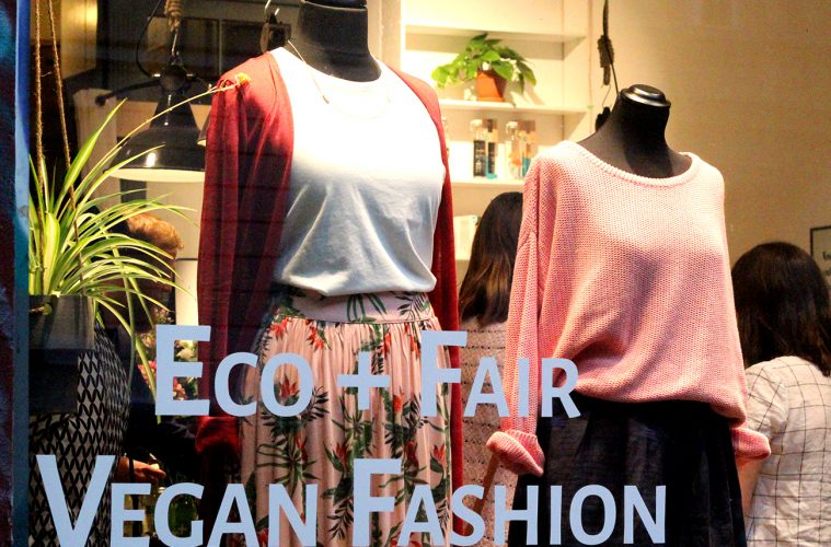Vegane Kleidung bei Loveco in Berlin