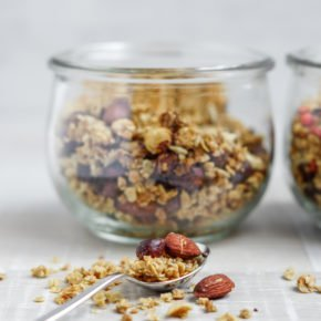 Selbstgemachtes Granola