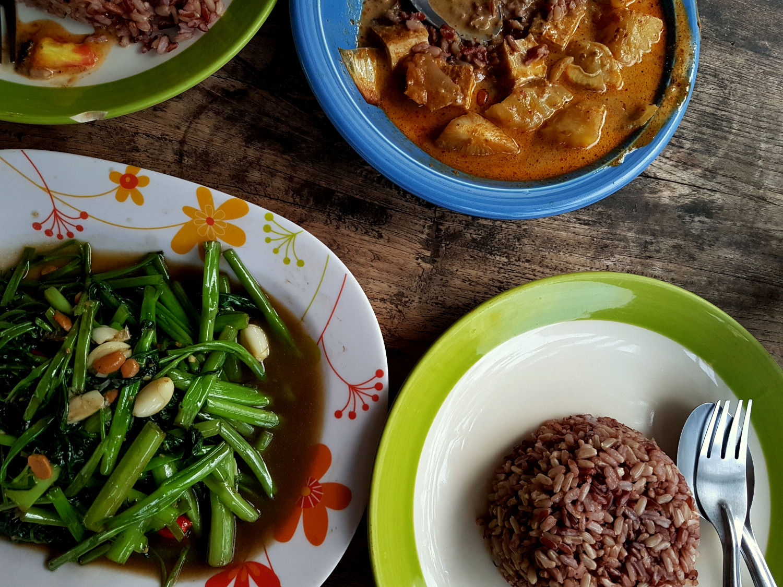 vegan-fried-glory-nanas-pai-thailand