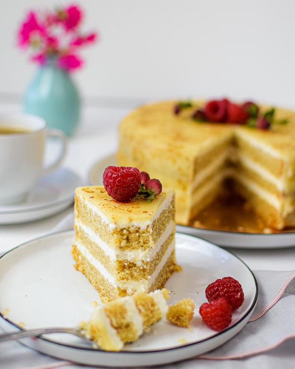 Vegane Mandel-Vanille-Torte