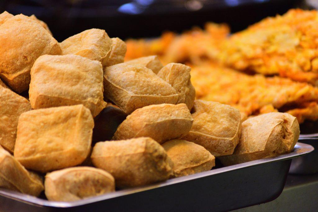Top-10-Tipps-Tofuzubereitung Tofu frittiert im Öl