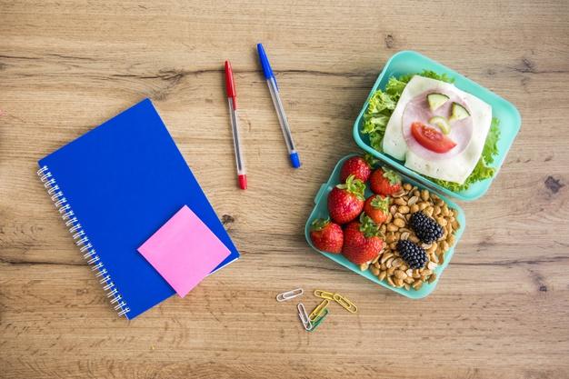 Lunchbox-mit-Fleisch