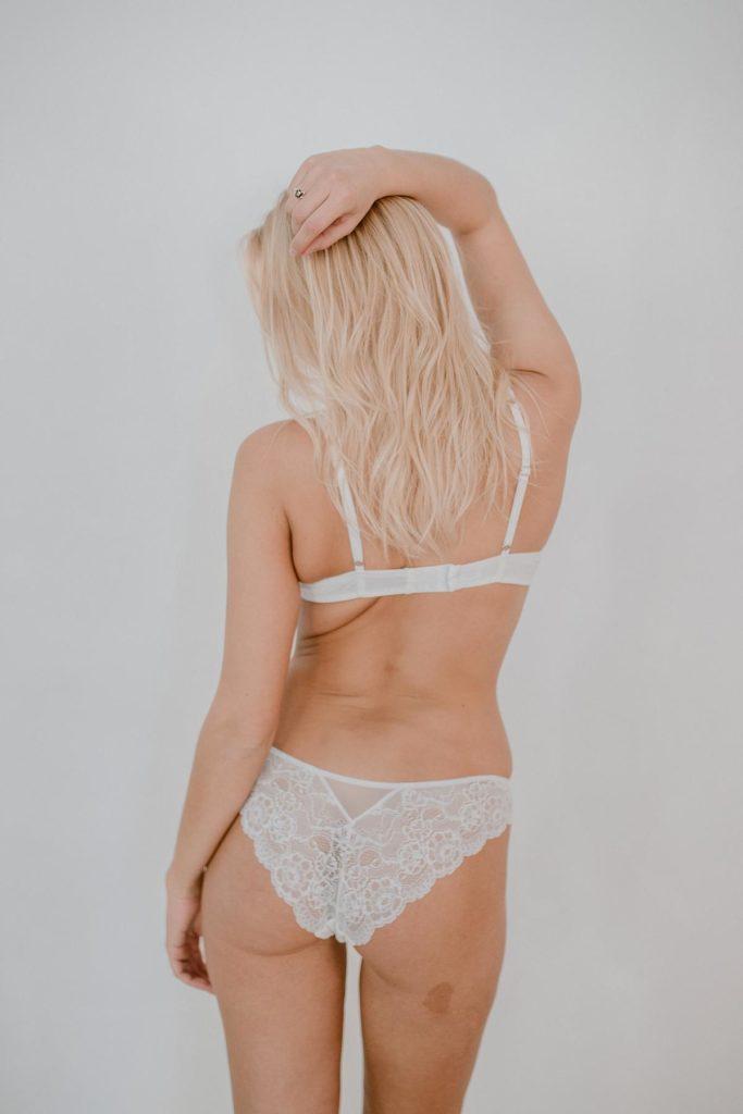 Coco Malou Spitzenslip weiß