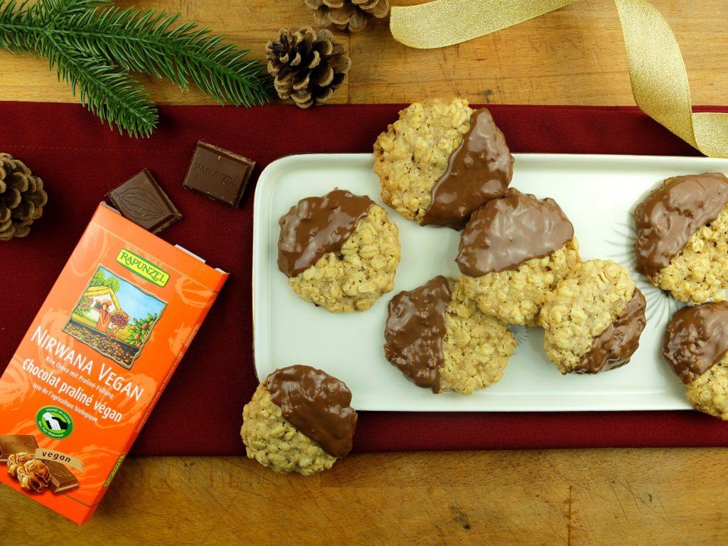 Knusprige Haferkekse mit Schokolade von Rapunzel Weihnachtsplätzchen Vegane Plätzchen