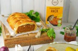 Veganer Hackbraten im Blätterteigmantel