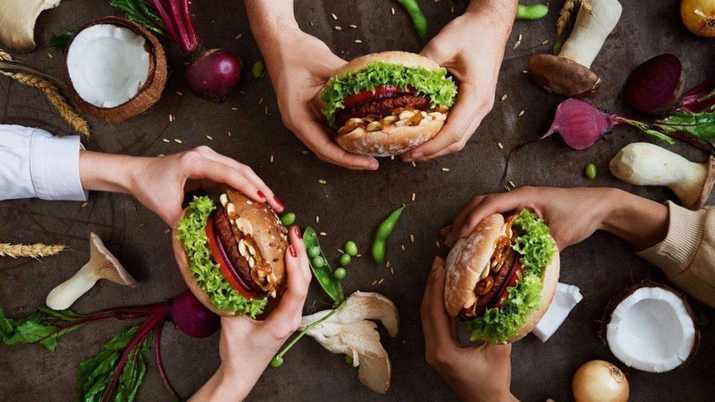 Burger  essen im Hans im Glück