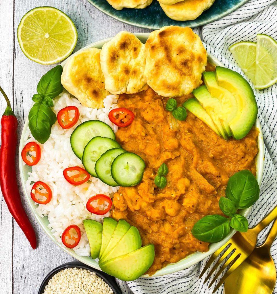Karotten-Curry mit roten Linsen proteinreiche Bowls