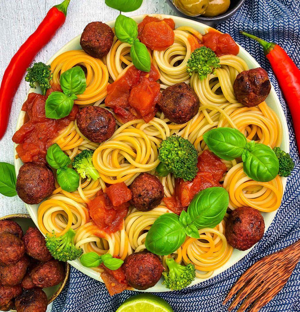 proteinreiche Bowls Pasta Bowl mit Hack