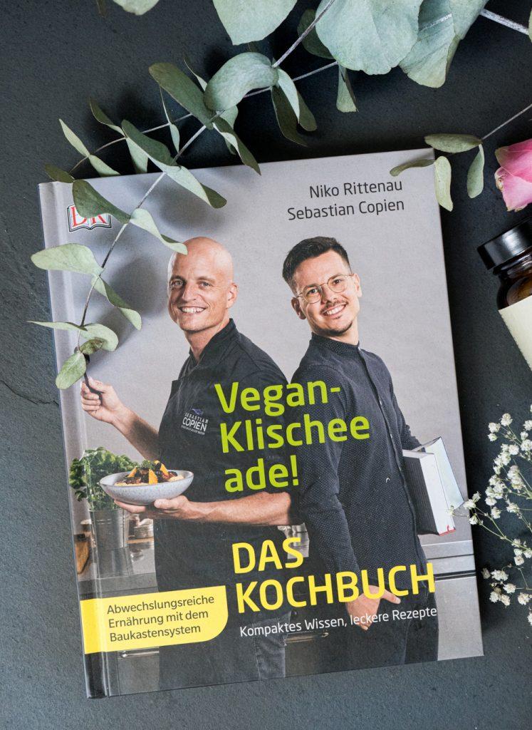 """""""Vegan Klischee ade! Das Kochbuch"""""""